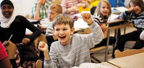 نتیجه تصویری برای شادی در مدارس فنلاند